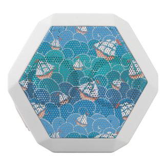 Rocky Sea Pattern White Bluetooth Speaker