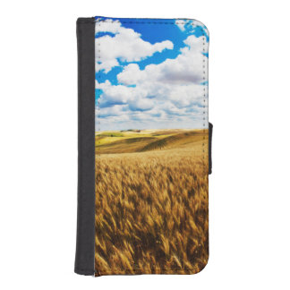Rolling hills of ripe wheat iPhone SE/5/5s wallet case