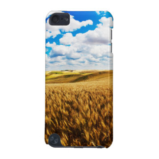 Rolling hills of ripe wheat iPod touch 5G case