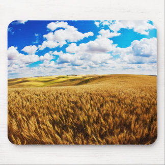 Rolling hills of ripe wheat mouse pad
