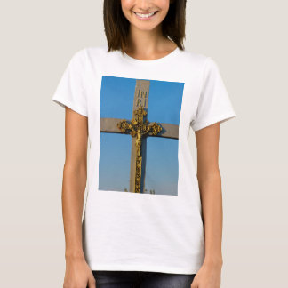 Romanian crucifix Jesus is Lord T-Shirt
