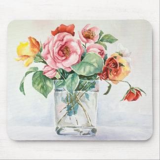 Romantic roses bouquet mouse pad
