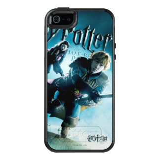 Ron and Ginny On Brooms 1 OtterBox iPhone 5/5s/SE Case