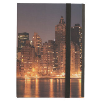 Roosevelt Island View of the New York City Skyline Cover For iPad Air