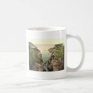 Rope Bridge. Carrick-a-Rede. Co. Antrim, Ireland r Coffee Mugs