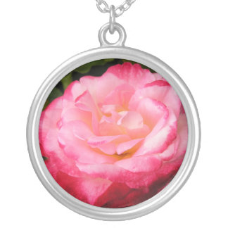 Rose Beauty: 2-toned pink rose Necklace
