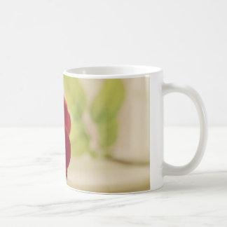 Rose Cup Basic White Mug