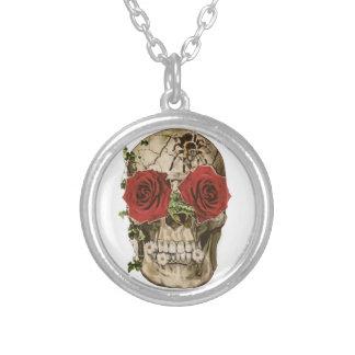 Rose-eyed Skull Necklace