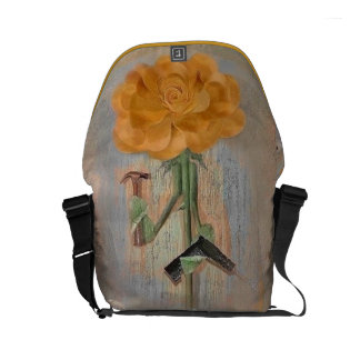 Rosegifts Carpenter Rose Small Messenger Bag