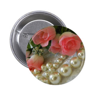 Roses and Pearls 6 Cm Round Badge