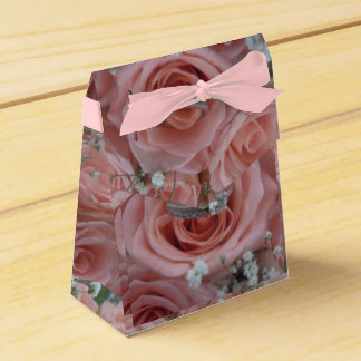 Roses and Ring Gift Box Party Favour Boxes