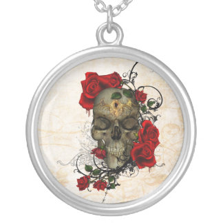 Roses and Skull a romantic tragedy Pendant