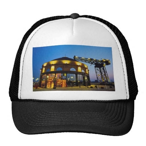 Rotunda restaurant and Finnieston crane, Glasgow, Hat