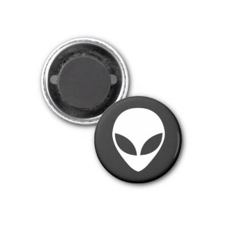 Round Alien Head Fridge Magnet