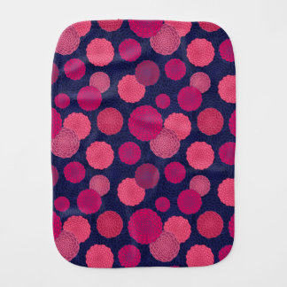 Round flowers pattern burp cloth
