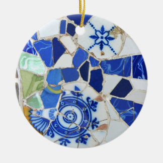 Round Gaudi mosaic ornament