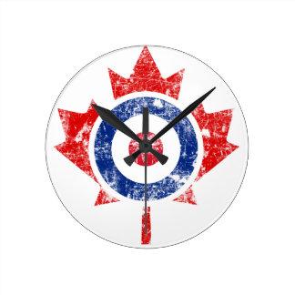 Roundel Canada Curling Hockey Target Grunge Ice Round Clock