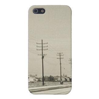Row of Electricity Poles iPhone 5/5S Case