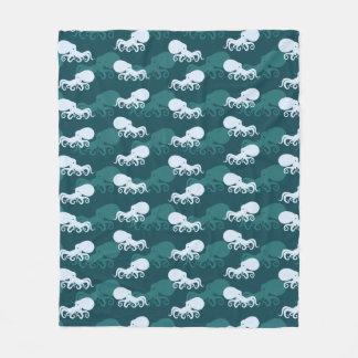 Rows Of Octopus Pattern Fleece Blanket