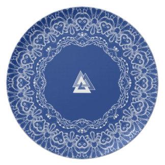 Royal Asatru: Valknut Lace Plate