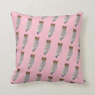 Royal Owl #1 Cushion