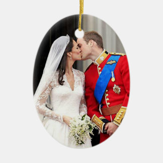 Royal Wedding Ceramic Oval Decoration