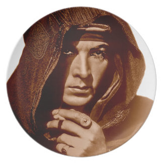 Rudolph Valentino: The Sheik Party Plate