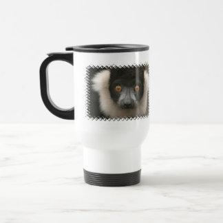 Ruffled Lemur  Plastic Travel Mug