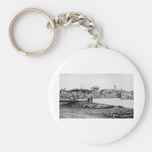 Ruins in front of the Capitol in Richmond, 1865 Keychain