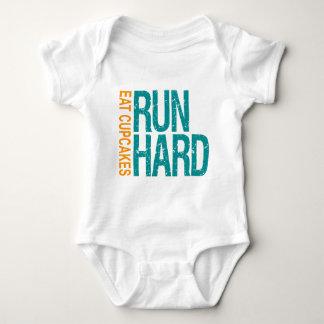Run Hard Eat Cupcakes Tee Shirts