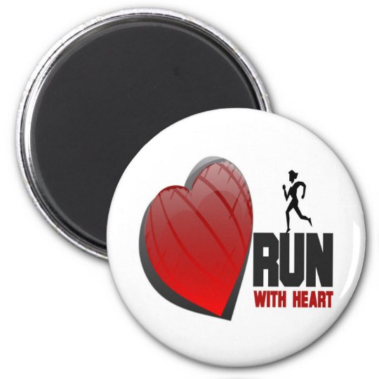 RUN WITH HEART PRODUCTS 6 CM ROUND MAGNET