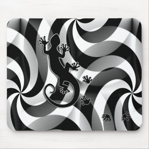 Running Gecko - swirls black & white Mouse Pads