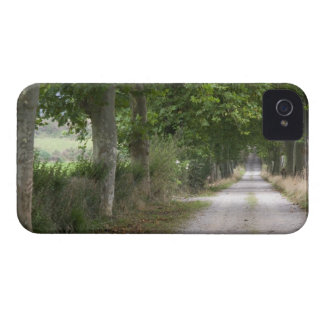 Rural dirt country road near the town of iPhone 4 cover