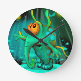 RUSS ALIEN CARTOON MEDIUM ROUND CLOCK 2