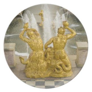 Russia, St. Petersburg. Samson fountain at Dinner Plates