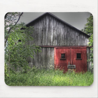 Rustic Old Barn Mouse Mat