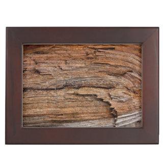 Rustic wood keepsake box