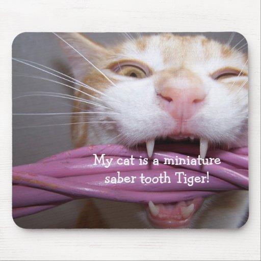 saber tooth tiger Mousepad