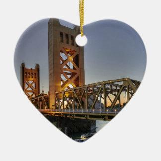Sacramento 2 ceramic heart decoration