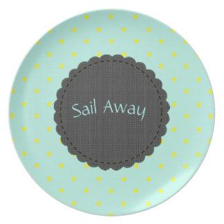 Sail Away(c)TEMPLATE_ Dots_ Dinner Plates