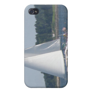 Sail Boat Bubbles iPhone Case iPhone 4/4S Cover