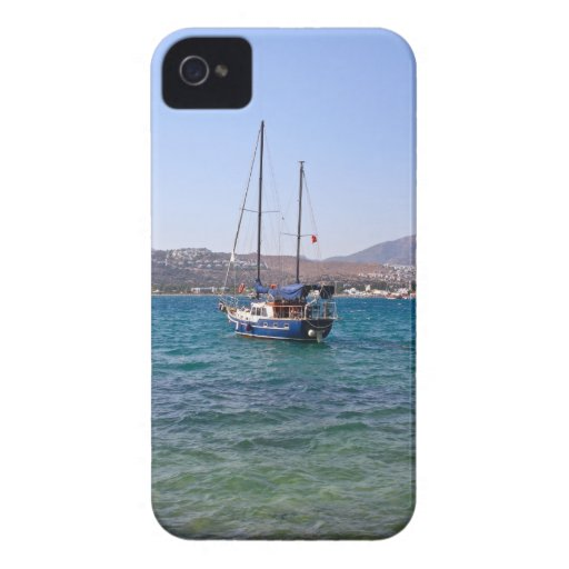 Sailing Boat BlackBerry Bold Case-Mate
