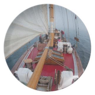 Sailing Boundary Pass Plate