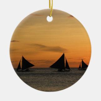 Sailing: Feel the wind. Round Ceramic Decoration