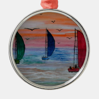 sailing in the bay Silver-Colored round decoration