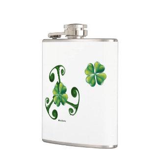 Saint Patrick's day & Triskele .Lá Fhélie Pádraig Hip Flask
