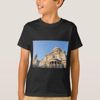 Saint Paul cathedral in London, UK T-Shirt