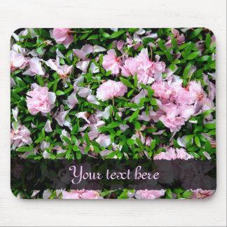 sakura petals mouse pad