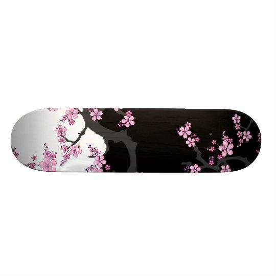 Sakura Skateboard