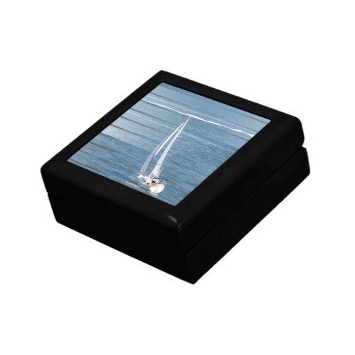 Saling Wind Gift Box